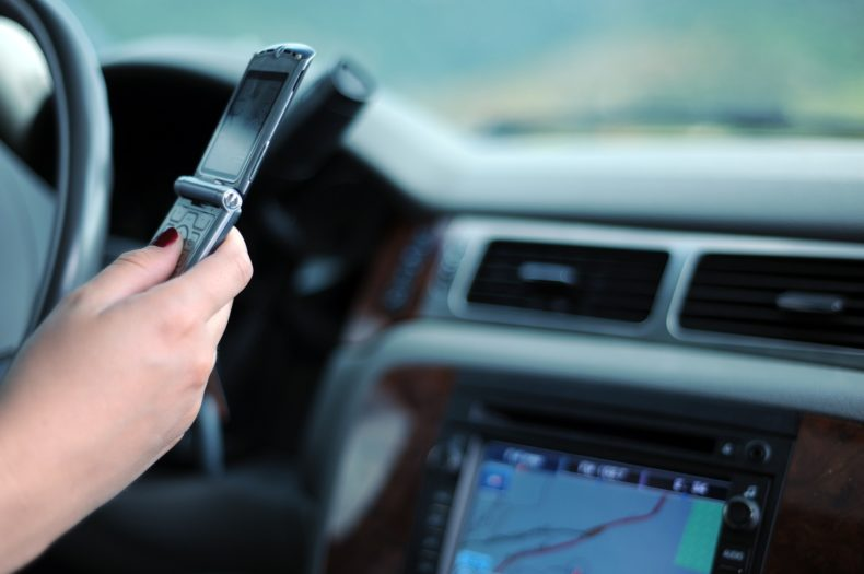 What are distracted driving laws in NH?